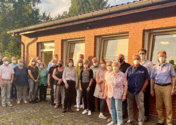 Vertreter der in Berghofen aktiven Institutionen, Vereine, Parteien und Mitglieder der Bezirksvertretung trafen sich im September. (Foto: Vereine)