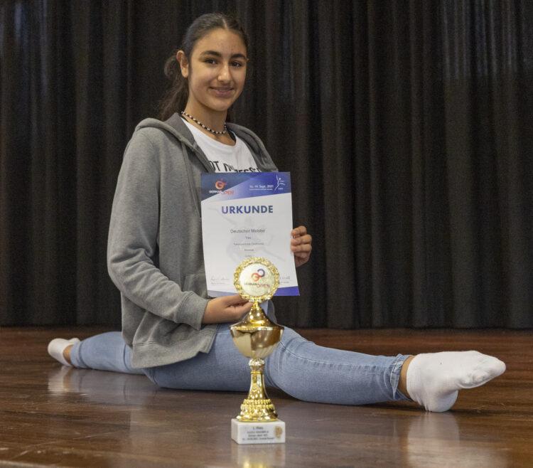 Seit Mitte September ist die 14-jährige Lütgendortmunderin Deutsche Jazz-Dance-Meisterin. Das Ende ihrer Ambitionen ist damit allerdings noch nicht erreicht. (Foto: Wir in Dortmund)