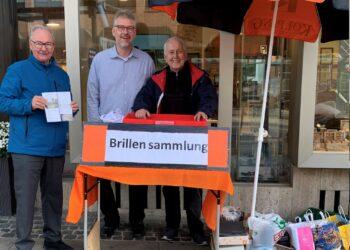 (v. l.) Bernd Göbel (Kolpingsfamilie Schüren), Nils Berndt (Optik Schmitz) und  Burkhard Steffens (Kolping); (Foto: Kolping)